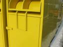 Container pentru reciclat imbracaminte si incaltaminte.
