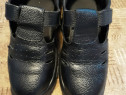 Pantofii de protecție.
