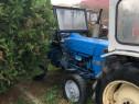 Tractor Ford 50 cp semicabina ieșiri hidraulice