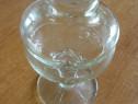 Cupa de sticla cu capac