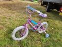 Bicicleta fetite cu roti ajutatoare