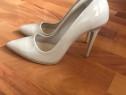 Pantofi bej cu toc de 11 cm