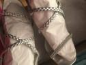 Sandale de piele cu toc