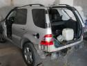 Dezmembrez Piese Mercedes ML 270 CDI Motor 2.7 CDI