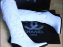 Cizme Chanel alb imaculat, logo auriu,mărimi 37 si 38