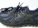 Adidasi Trail Running Noi Asics marimea 41,5