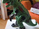 Dinozaur mare cu baterii