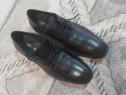 Pantofi bărbătești mărimea 38