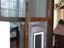 Montare Ușiță Acces Cățel - Pisică în Plasă de Insecte