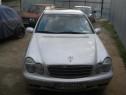 Mercedes C 180, benzina+GPL, 2.000 cmc, din 2001