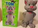 Noul Talking Tom Pisica care canta, toarce repeta dupa tine.