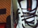 Sneakers cu role Heelys