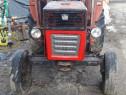 Tractor Universal de 445 cp
