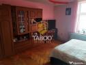 Apartament cu 5 camere si gradina de zona Piata Cluj din Si