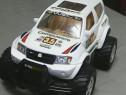 Jucărie: Mașină SUV pentru curse, mare, în stare excele