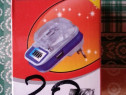 Incarcator universal pentru baterii de telefon cu USB 5V