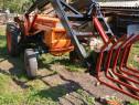 Tractor Fiat 450 cu incarcator si distribuitor 2 cupe