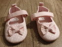 Pantofiori roz cu buline albe Gap, 20