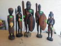 Schimb statuiete africane