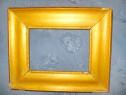 5537-Rama tablou antic mica lemn culoare bronz auriu 1900