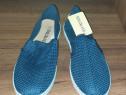 Pantofi din panza