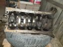 Dezmembrez motor mercedes 2,9