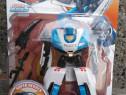 Jucarie robot alb albastru care se transforma în masina , ro