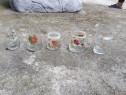 Căni de sticlă foarte vechi