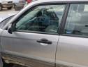 Usa stanga/ dreapta - fata Subaru Forester an 2006