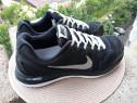 Adidasi Nike, mar 42.5, UK 8 (27 cm) made in Vietnam.