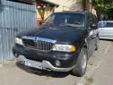 Lincoln Navigator An 2000 Benzina /GPL 304 CP Consum Redus