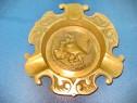 6277-Scrumiera bronz veche Taur in picioare, stare buna.