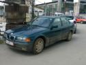 Dezmembrez BMW E36 320i din 1997