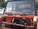 Dezmembrez Camioneta Mercedes / motor diesel