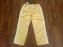 Pantaloni Adidas M galbeni