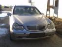 Dezmembrez Mercedes C220 W203 din 2001-2004, 2.2 CDI