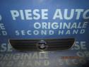 Grila radiator Opel Zafira 1999; 90580685