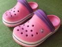 Sandale Crocs roz & mov, C6/7 (interior 14.5 cm)