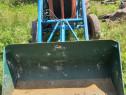 Tractor fiat cu încărcător