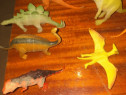 Jucarii dinozauri