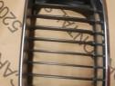 Grila radiator stanga BMW seria 3 E46