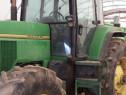 Tractor John Deere 7600