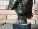 Lucrare în bronz masiv