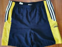 Pantaloni Adidasi Mărimea M