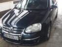 Mașina VW Golf