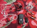 Lot telefon casti cablu usb defecte transport gratuit