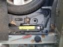 Kit rezerva (burete+cric+cheie roti) VW Passat B6