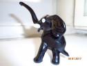Statuetă din sticlă-elefănțel