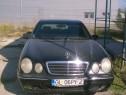Mercedes E220 an fab 2000