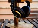 Suport casti lemn masiv, handmade, stand, stativ